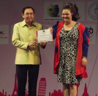 AnnaFabuli gets prize for best graphic illustration